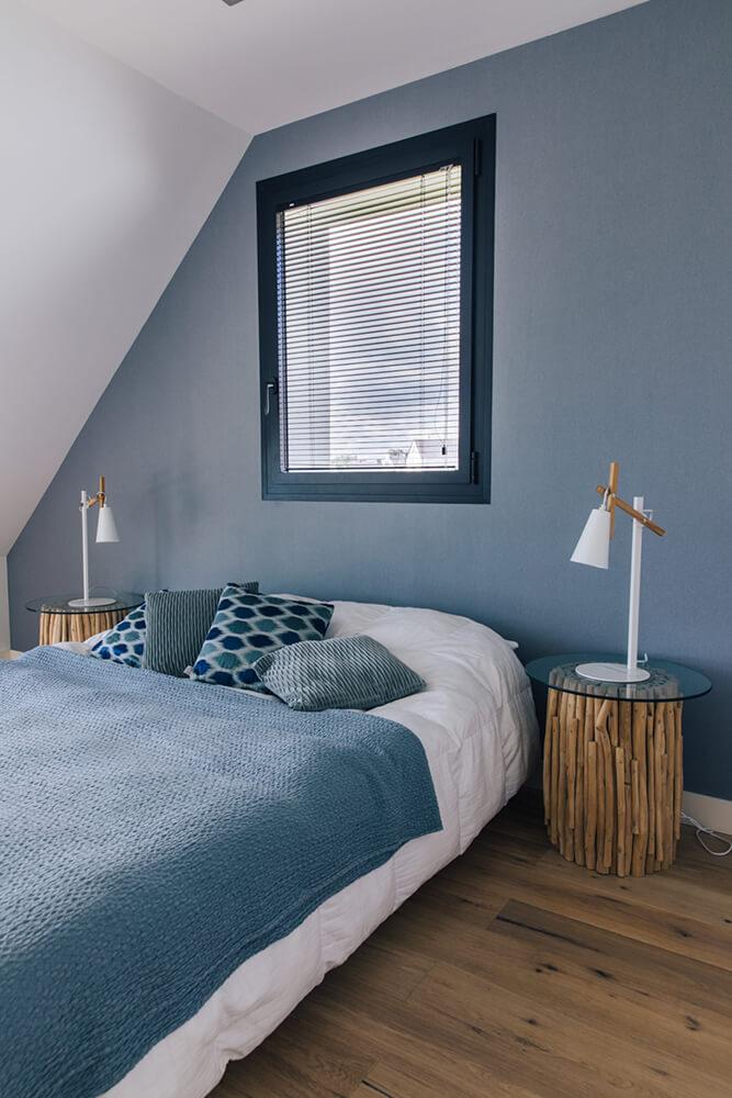 Chambre avec lit double vue mer