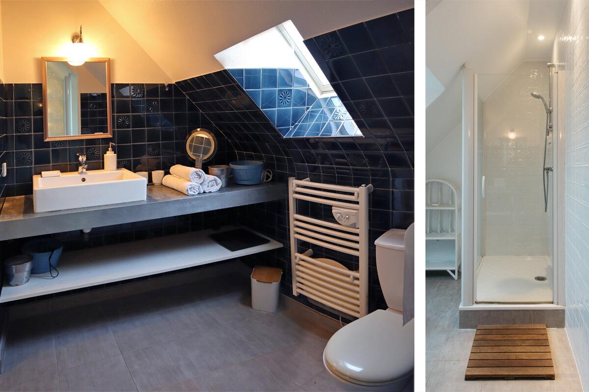 Salle de bain avec douche à l'étage